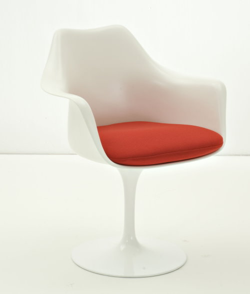 Eero Saarinen Tulip Chair With Armrests, Fiberglass